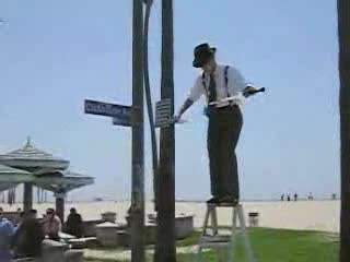 MedicineFilms.com - The Juggler of Venice Beach