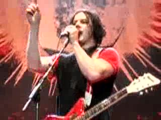 MedicineFilms.com - jack white telling off a crowd member