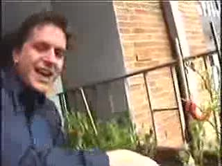 MedicineFilms.com - FFFF04 Documentary - Singing Lawn Chairs