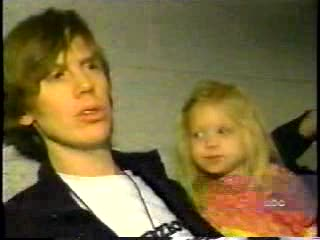 MedicineFilms.com - David Bowie and Sonic Youth Live on ABC