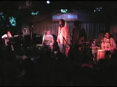 MedicineFilms.com - Chris Rob - Maurice Brown - Blue Note 12/16 t. 2