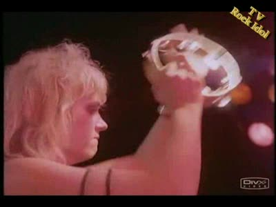 MedicineFilms.com - The Bangles - Walk Like An Egyptian